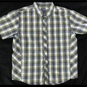 Prana Mens Size XL Short Sleeve Button Down Shirt